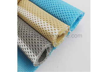 What is the difference between 3D Spacer Fabric and Sandwich Fabric?